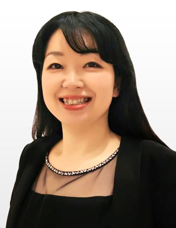 司会者 松田 侑子の顔写真